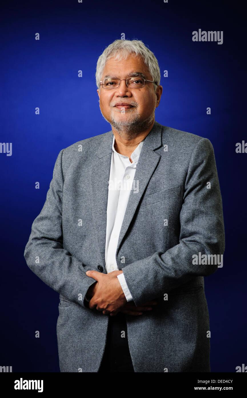 Mukesh Kapila, Professor of Global Health and Humanitarian Affairs at the Edinburgh Book Festival 2013. - Stock Image