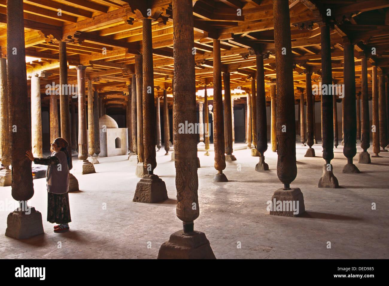 Wooden Columns Inside Of The Juma Mosque Khiva Silk Road Unesco World Heritage Site Uzbekistan Central Asia