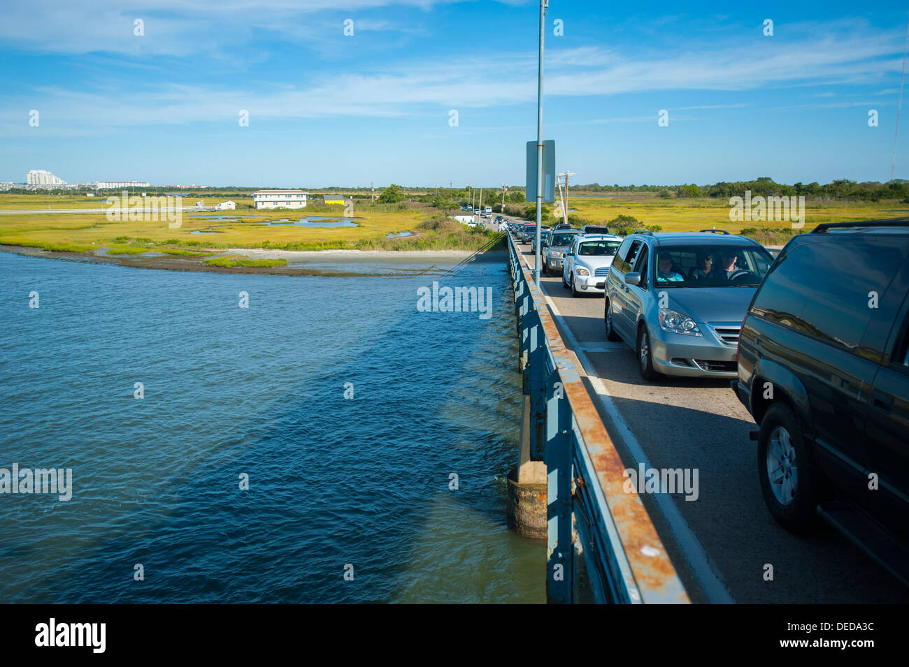 USA New Jersey NJ N.J. traffic lined up on the Middle Thorofare Bridge between the Wildwoods and Cape May - Stock Image