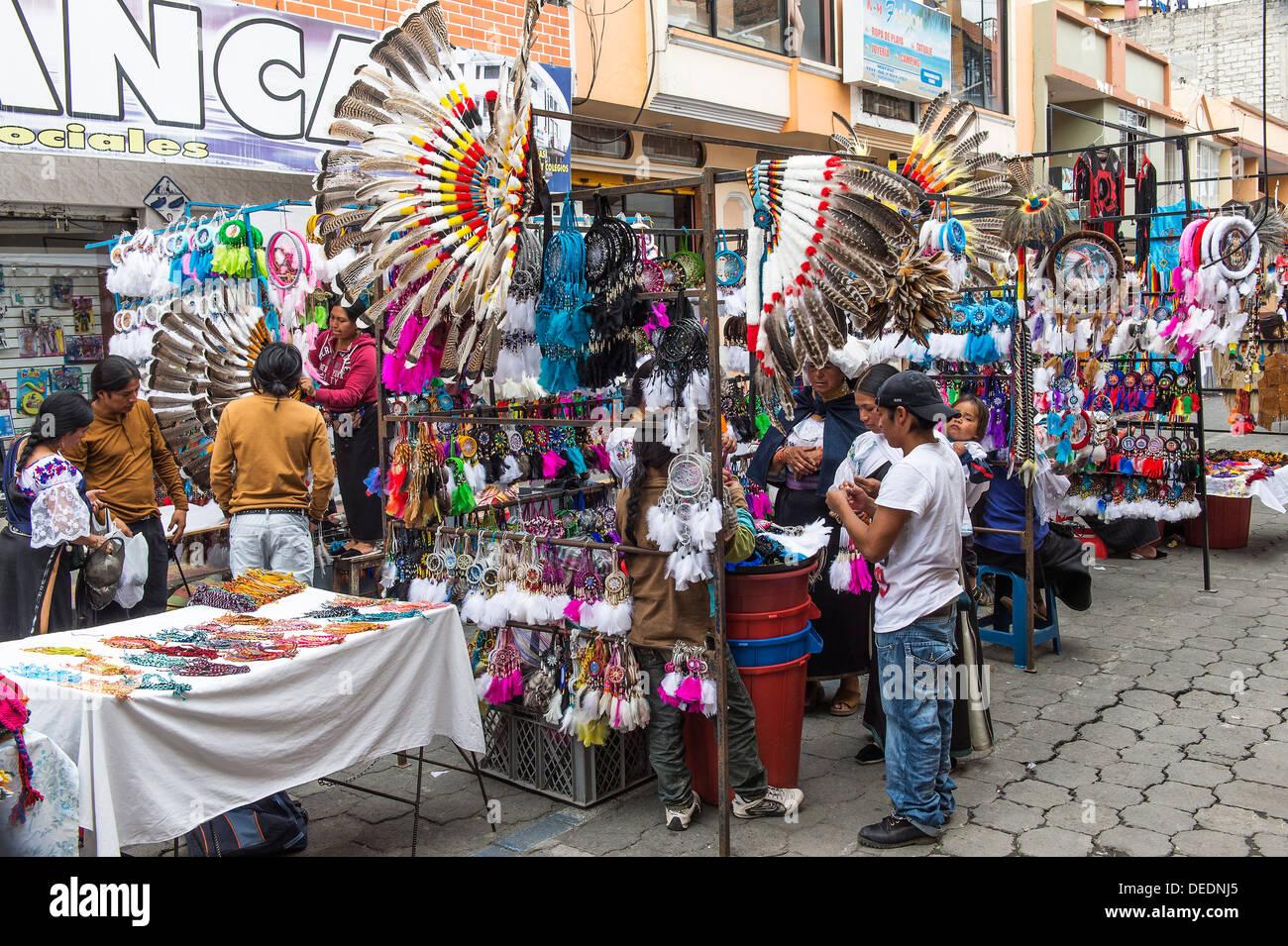 Street scene, Otavalo market, Imbabura Province, Ecuador, South America - Stock Image