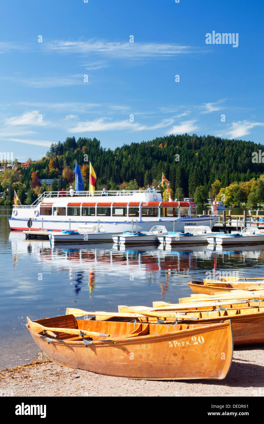 Rowing boats at Titisee Lake, Titisee-Neustadt, Black Forest, Baden Wurttemberg, Germany, Europe - Stock Image
