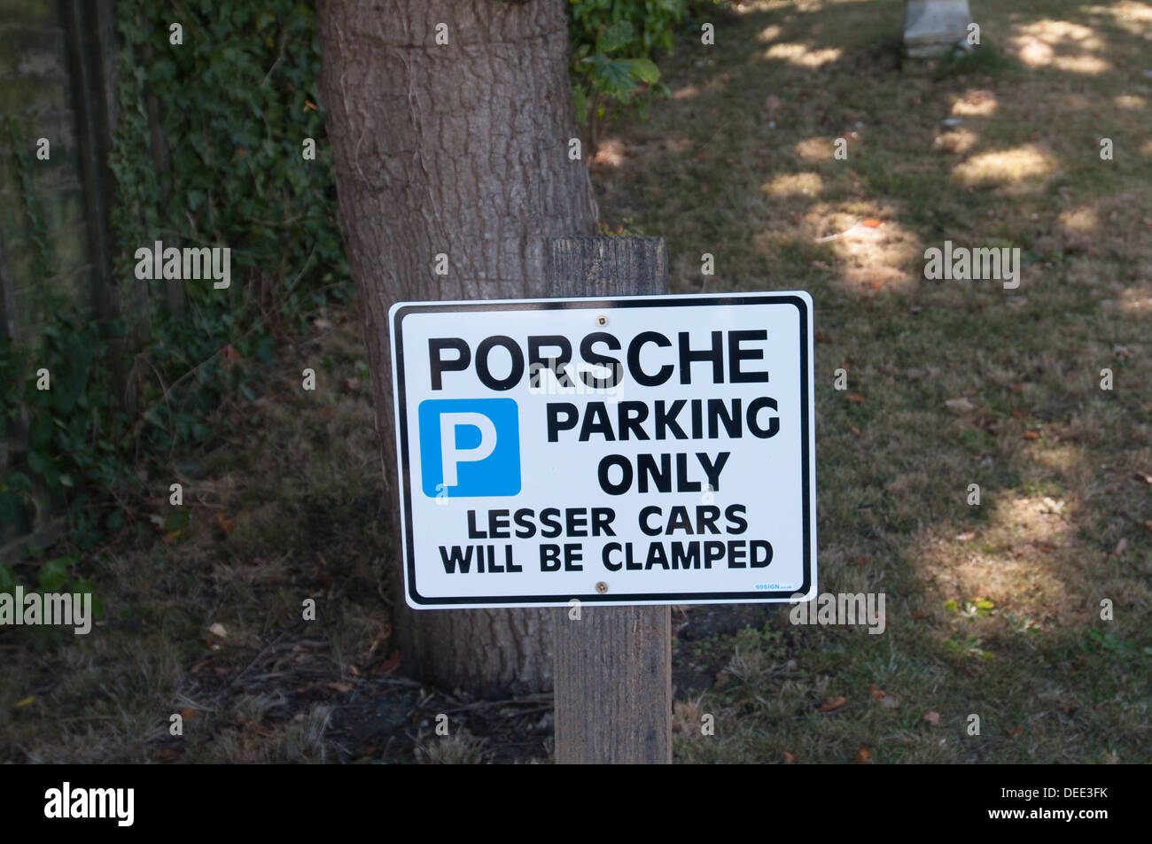 porsche parking only sign - Stock Image