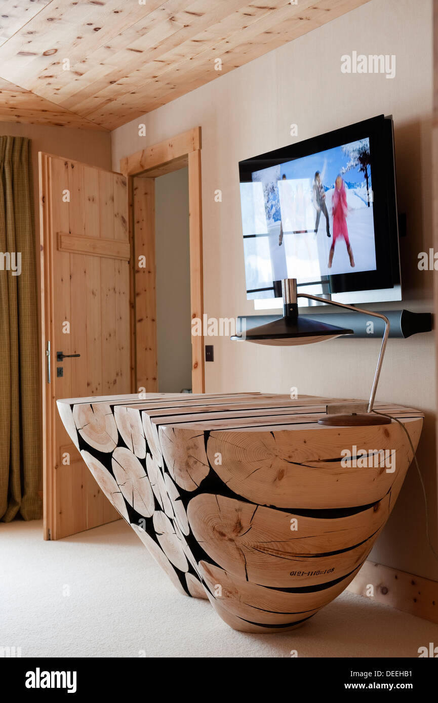 Chalet in Gstaad with interior design by Tino Zervudachi - Stock Image