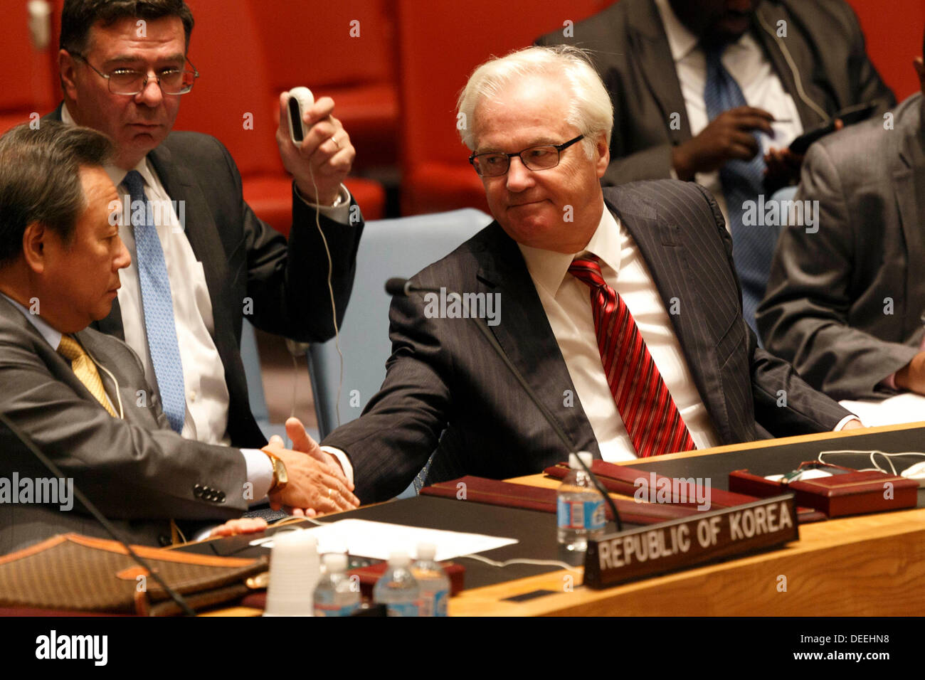 UN Security Council, NY, USA. Tues, September 17, 2013. Russian Federation Ambassador to the UN,Vitaly Churkin greets Korean Ambassador Kim Sook during a UN Security Council meeting at UN Headquarters in New York. Photo: Trevor Collens/Alamy Live News - Stock Image