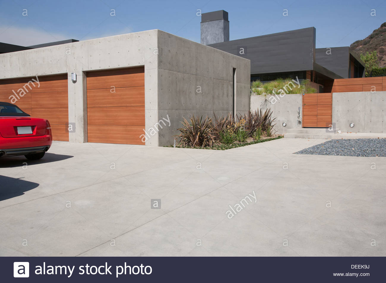 Exterior of modern two-car garage - Stock Image