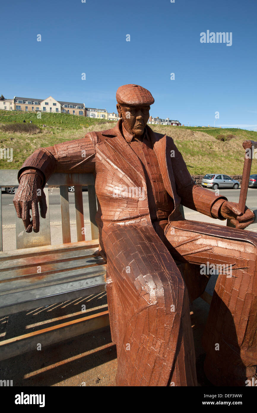 Fred Gilroy Statue, Scarborough North Bay, UK - Stock Image