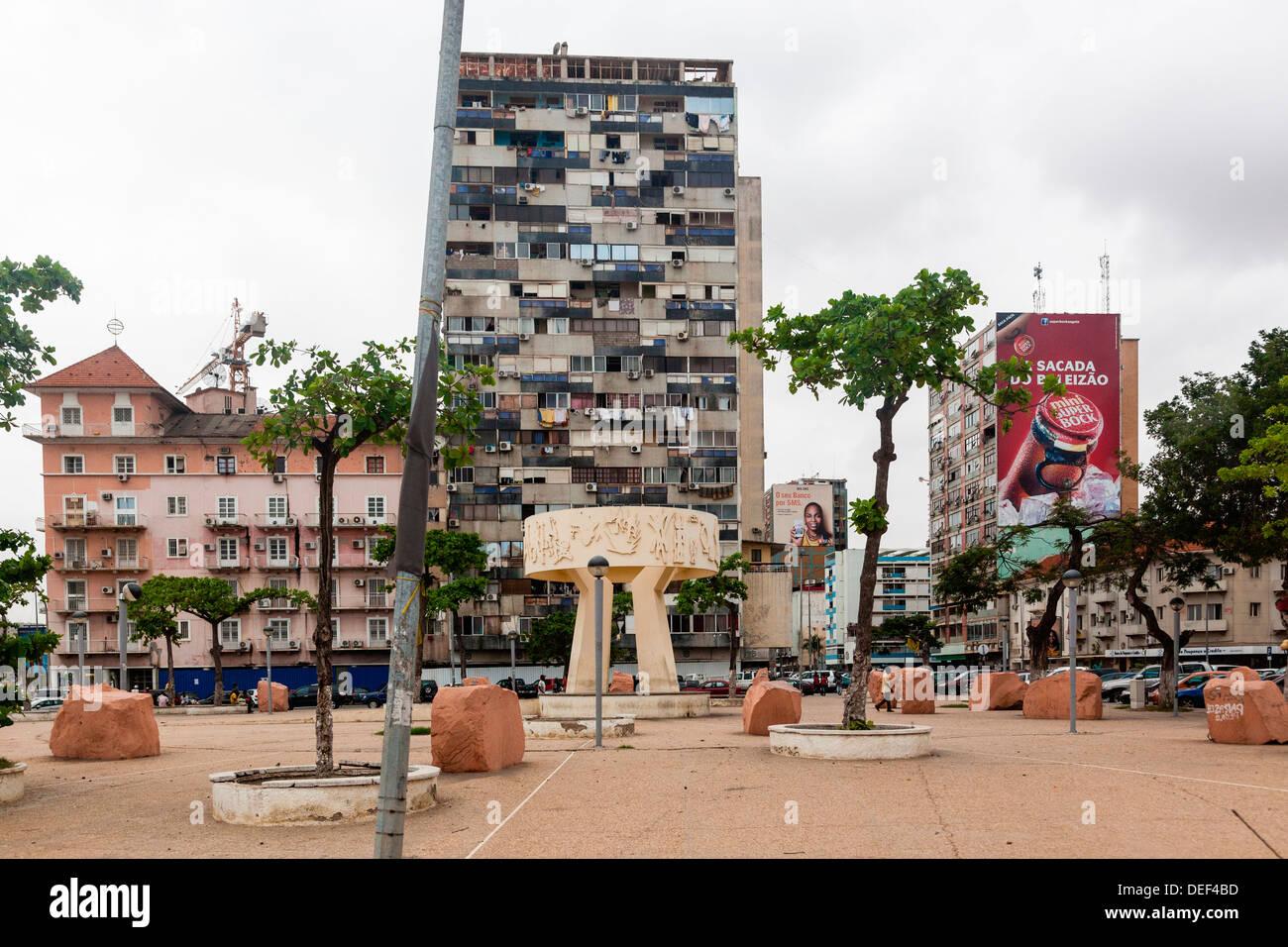 Africa, Angola, Luanda. Monument at the Largo do Baleizao. - Stock Image
