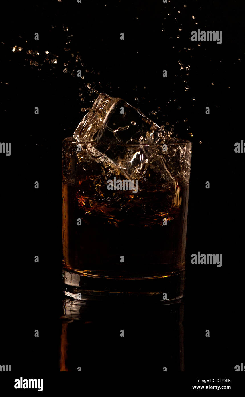 Whiskey splash - Stock Image