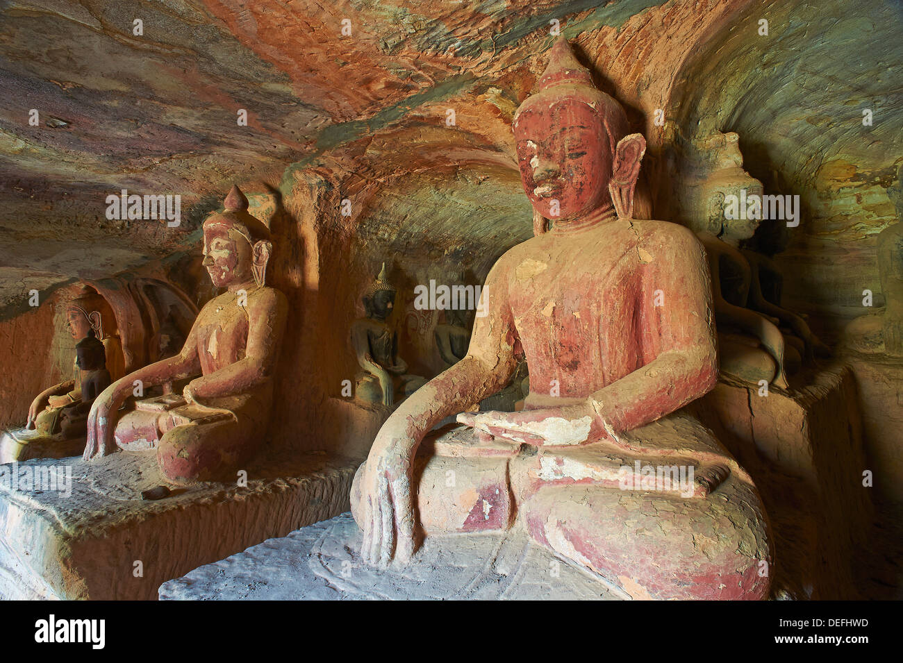 Buddha statues in the Po Win Daung Buddhist cave, dating from the 15th century, Monywa, Sagaing Division, Myanmar (Burma), Asia - Stock Image