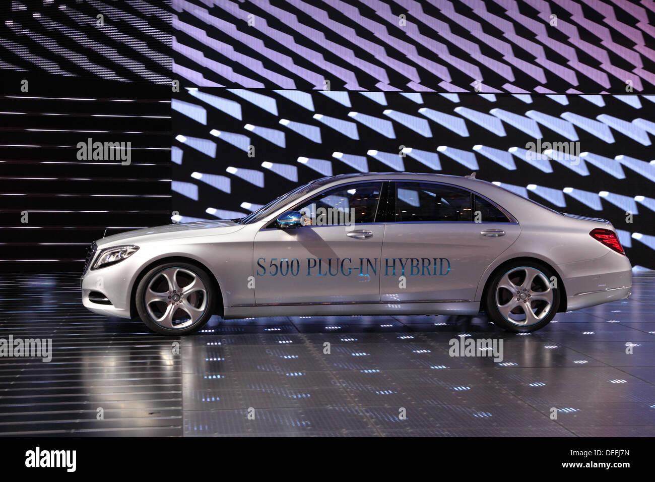 Frankfurt, Germany. 17th Sep, 2013. International Motor Show in Frankfurt, Germany. Mercedes Benz S500 Plug-in Hybrid - Stock Image