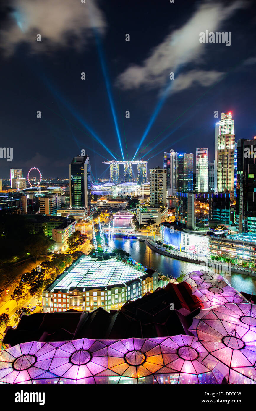 Elevated view over the Entertainment district of Clarke Quay, the Singapore River and city skyline, Singapore, Southeast Asia - Stock Image