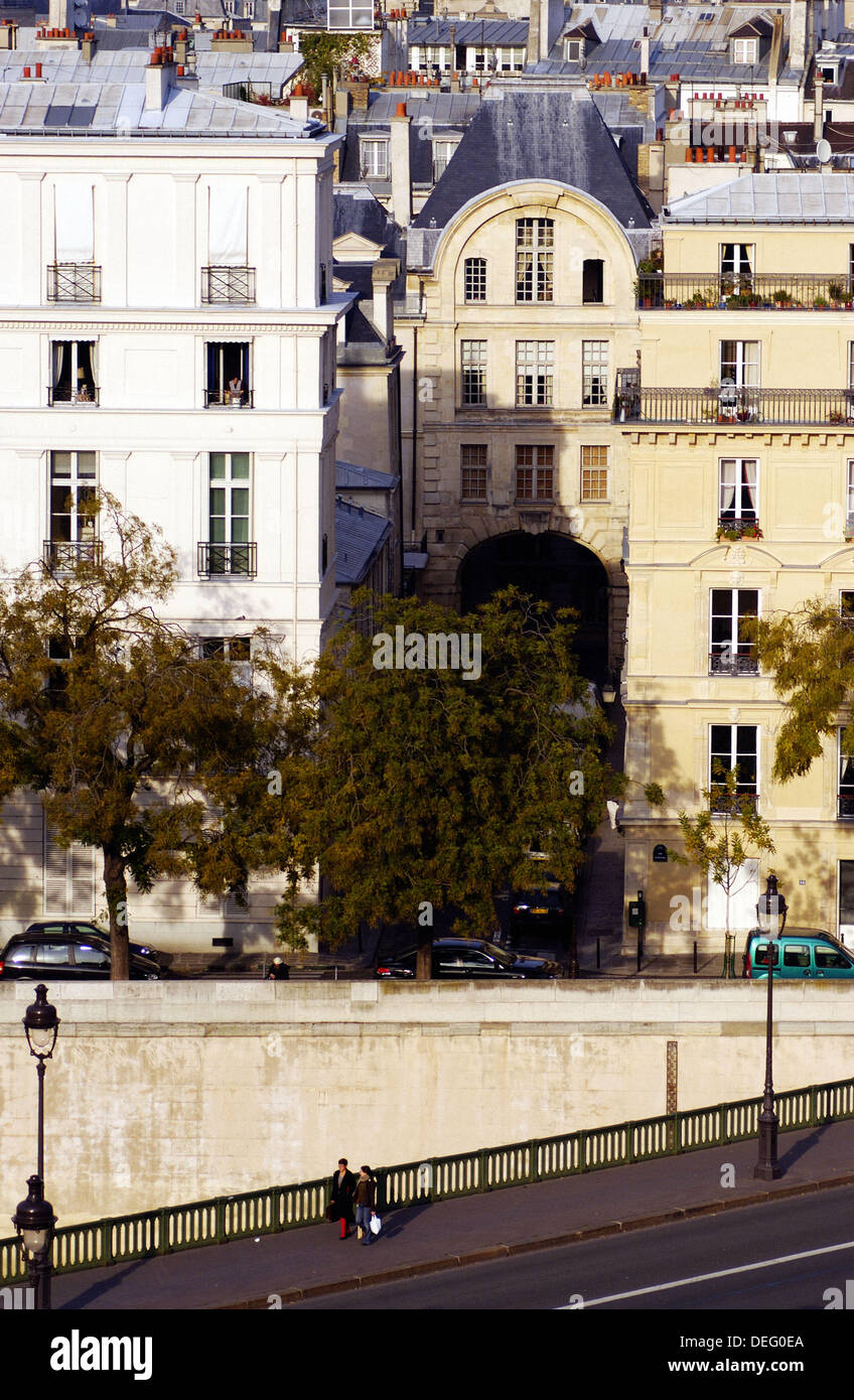 Aerial view of Pont de Sully and rooftops. Paris. France - Stock Image