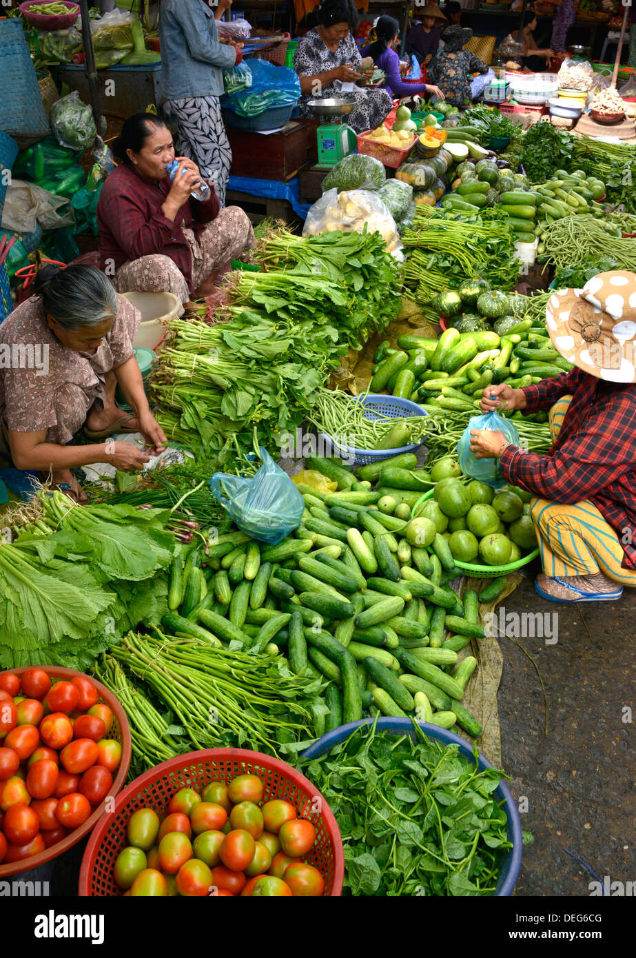 Market, Phan Thiet, Vietnam, Indochina, Southeast Asia, Asia - Stock Image