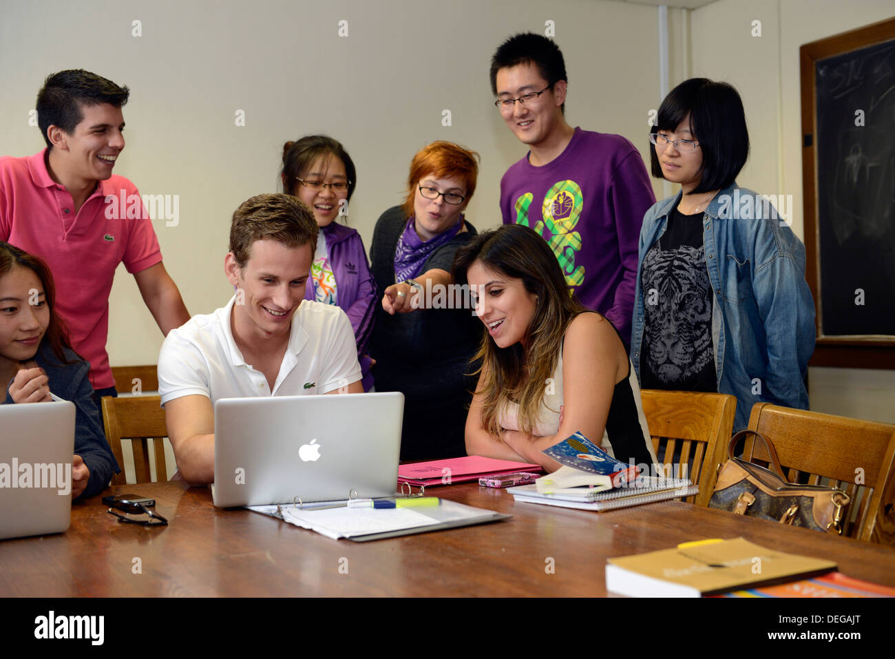 Foreign students watching video in their Idiom class at English Language Institute at Yale Summer School - Stock Image