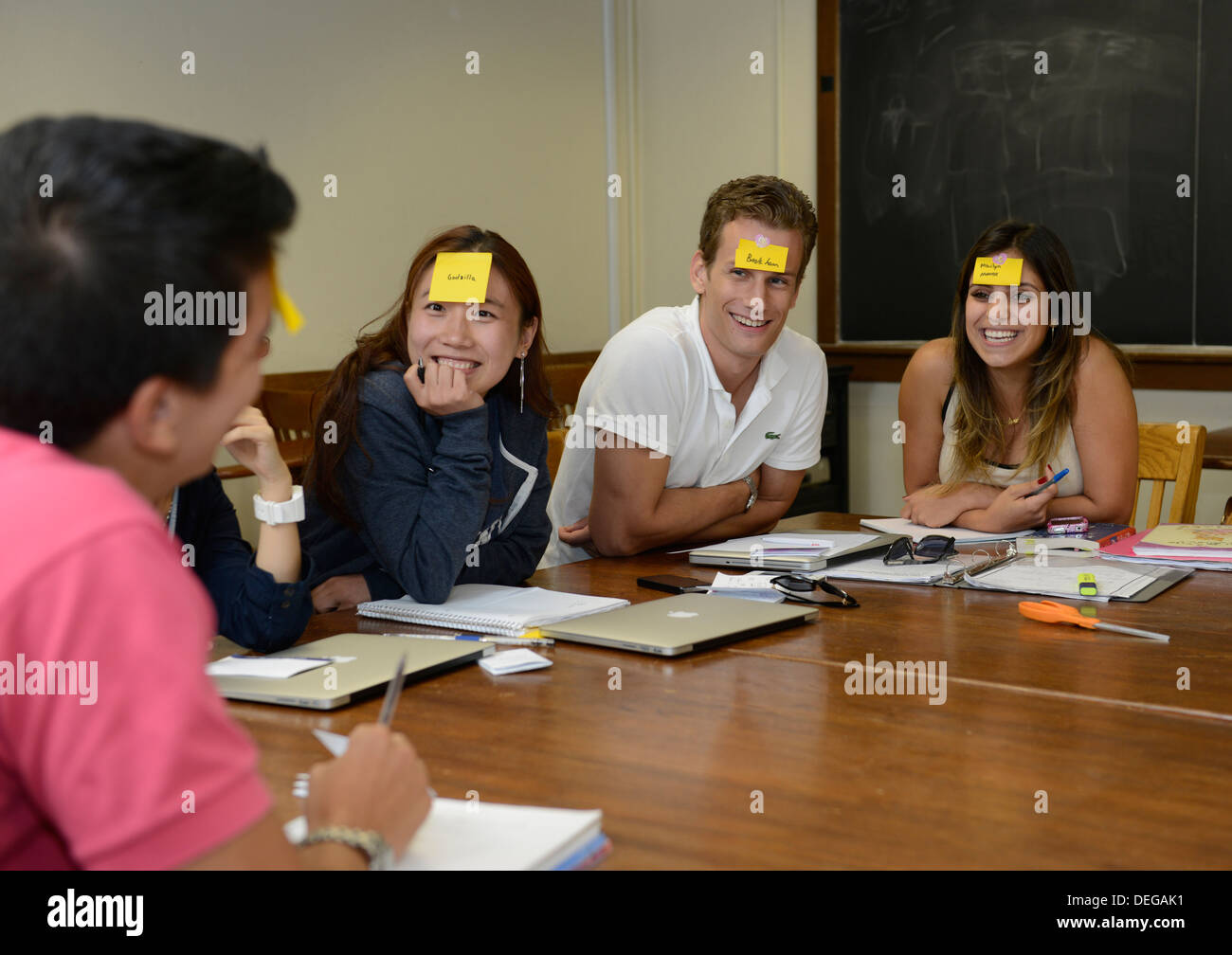 Foreign students playing 'Sticky Head Game' in their Idiom class at English Language Institute at Yale Summer School - Stock Image