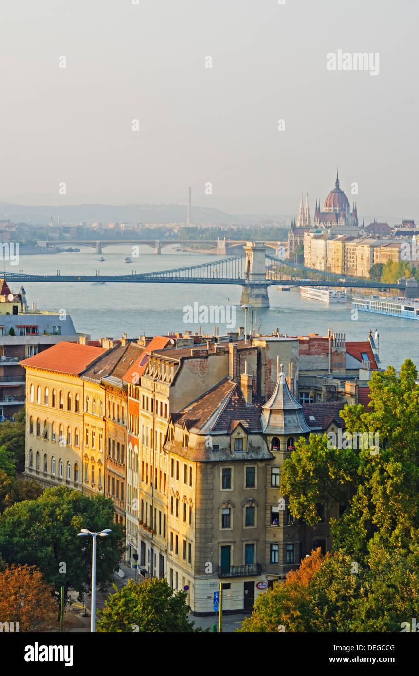 Banks of the Danube, UNESCO World Heritage Site, Budapest, Hungary, Europe - Stock Image
