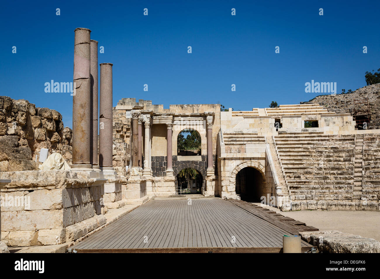 Amphitheatre, ruins of the Roman-Byzantine city of Scythopolis, Tel Beit Shean National Park, Beit Shean, Israel, Middle East - Stock Image