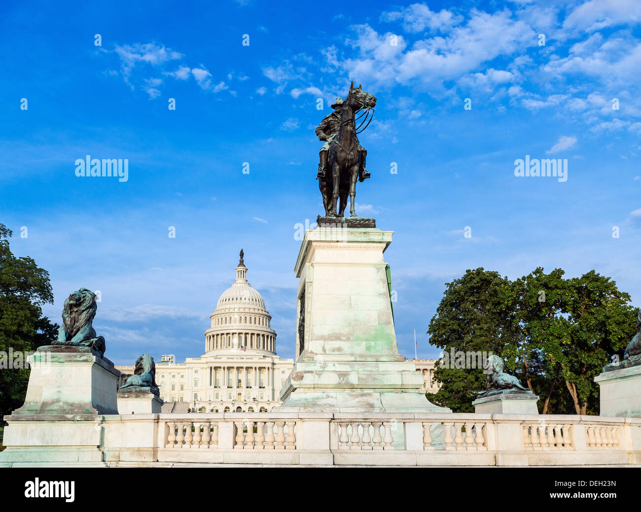 Ulysses S. Grant Memorial and US Capitol Building, Washington D.C., USA - Stock Image