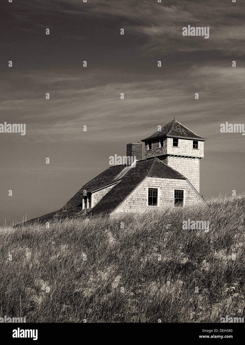 Secluded beach house nestled in the dune grass, Cape Cod, Massachusetts, USA - Stock Image