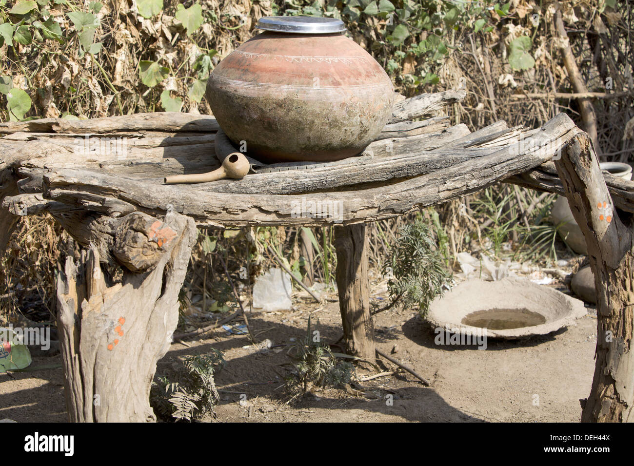 Water pot, Madhya Pradesh, Chada near Mandala district, India - Stock Image