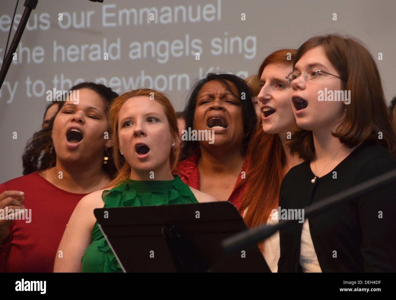 church choir singing - Stock Image