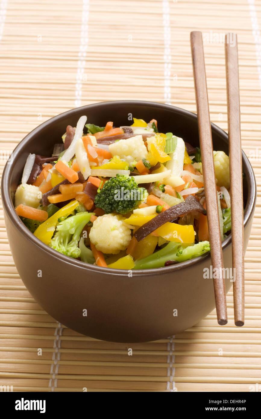 Salteado Tailandes Cocina De Wok Stock Photo 60627638 Alamy