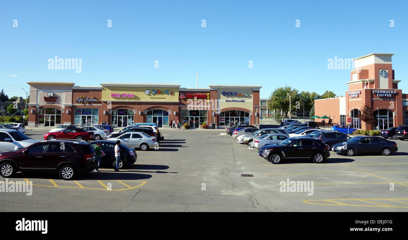 Suburban strip mall in Richmond Hill, Canada - Stock Image