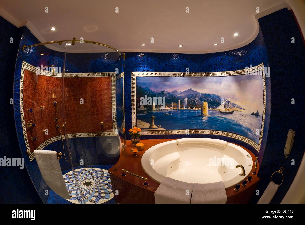Shower and jacuzzi tub, Two bedroom suite Number 1109, Burj al Arab ...