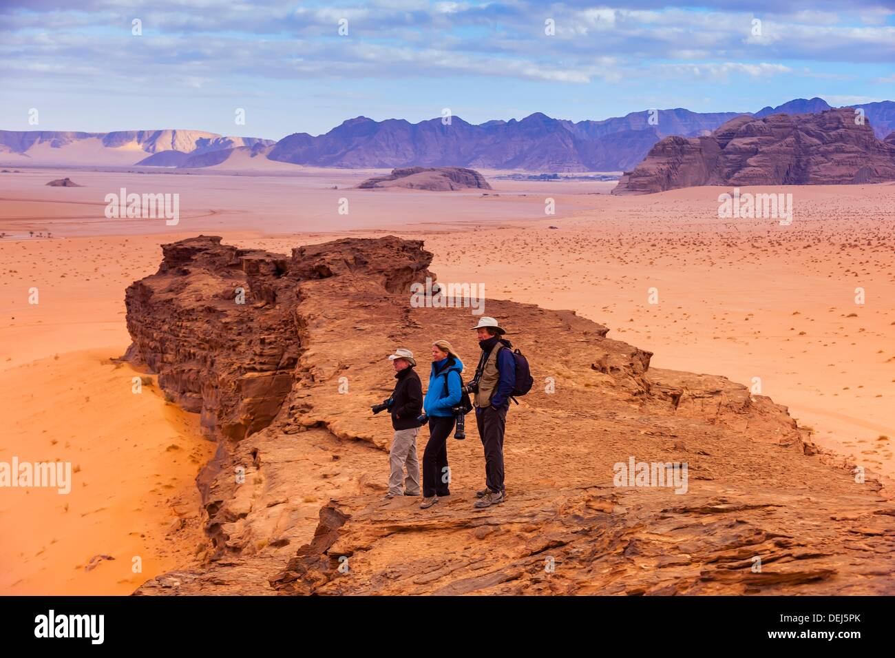 Image of: Dune Travelers Enjoy Panoramic View Of The Arabian Desert At Wadi Rum Jordan Alamy Travelers Enjoy Panoramic View Of The Arabian Desert At Wadi Rum