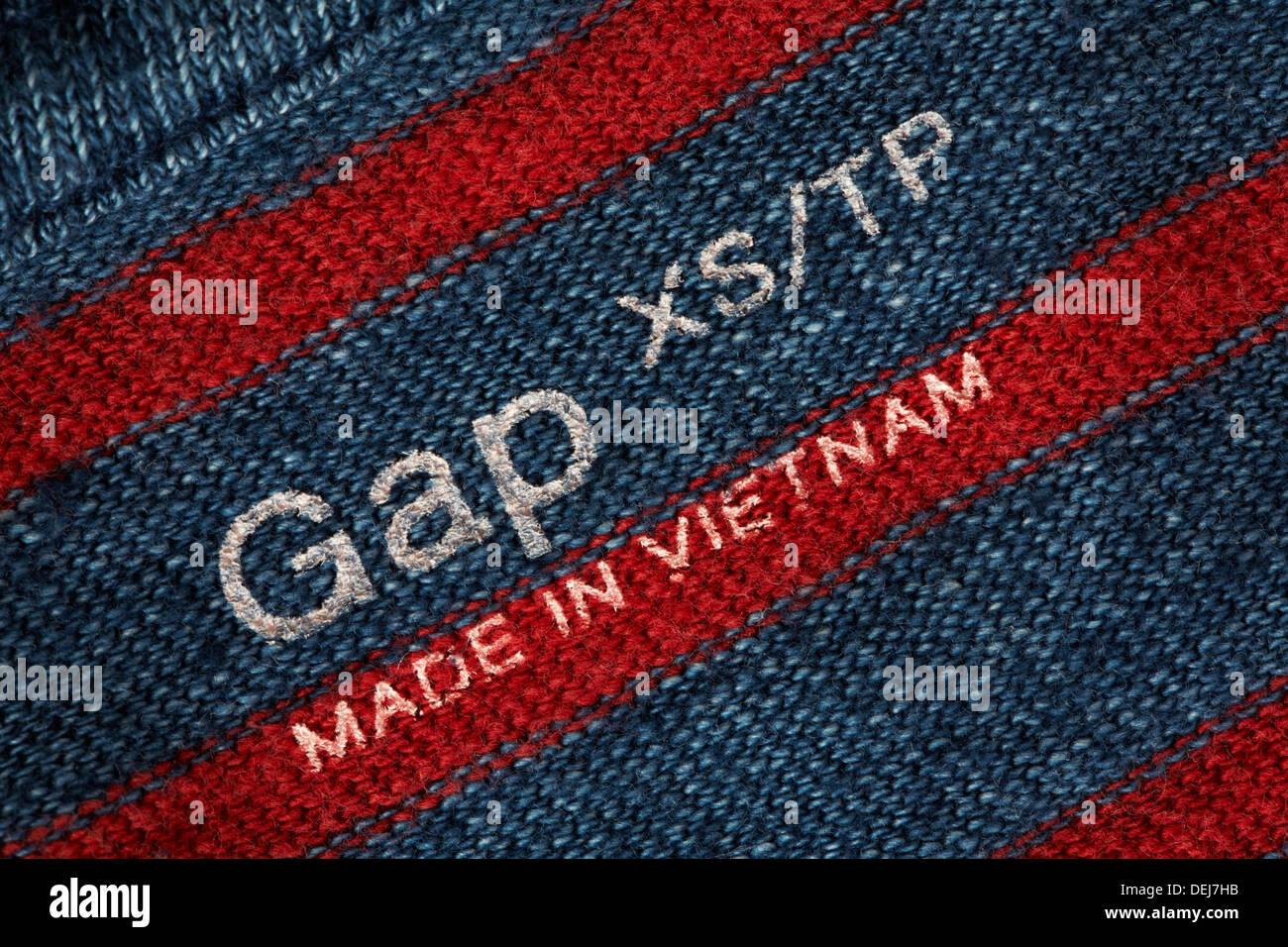Gap In - Sold Label United Made The Uk Jumper Vietnam