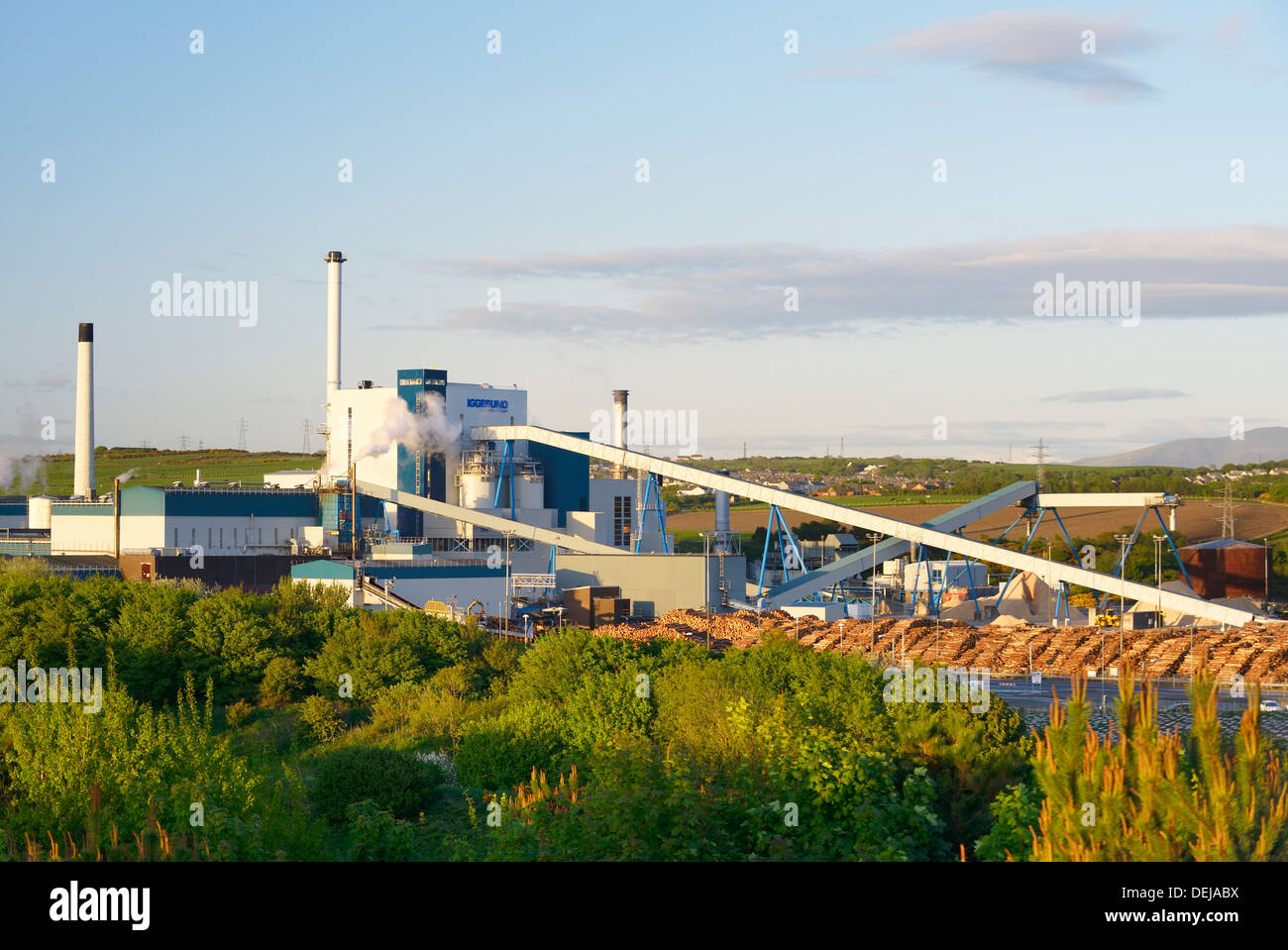 The Workington Mill, Cumbria, England. Timber pulpboard processing manufacturing factory owned by Iggesund - Stock Image