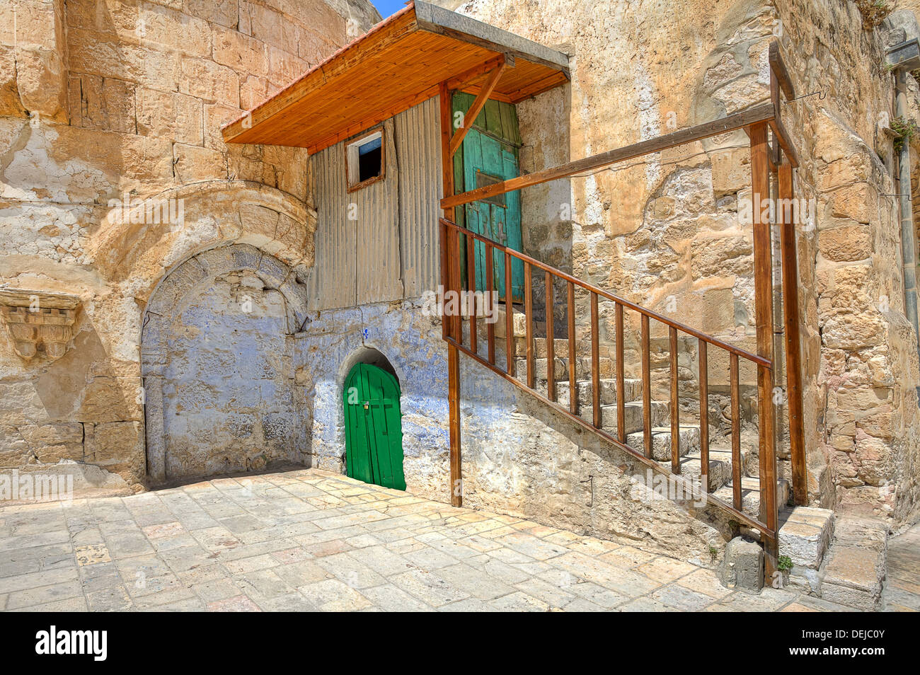 Small cell of the Coptic Orthodox Church situated on the roof of the Church of the Holy Sepulchre in Jerusalem, Israel. - Stock Image