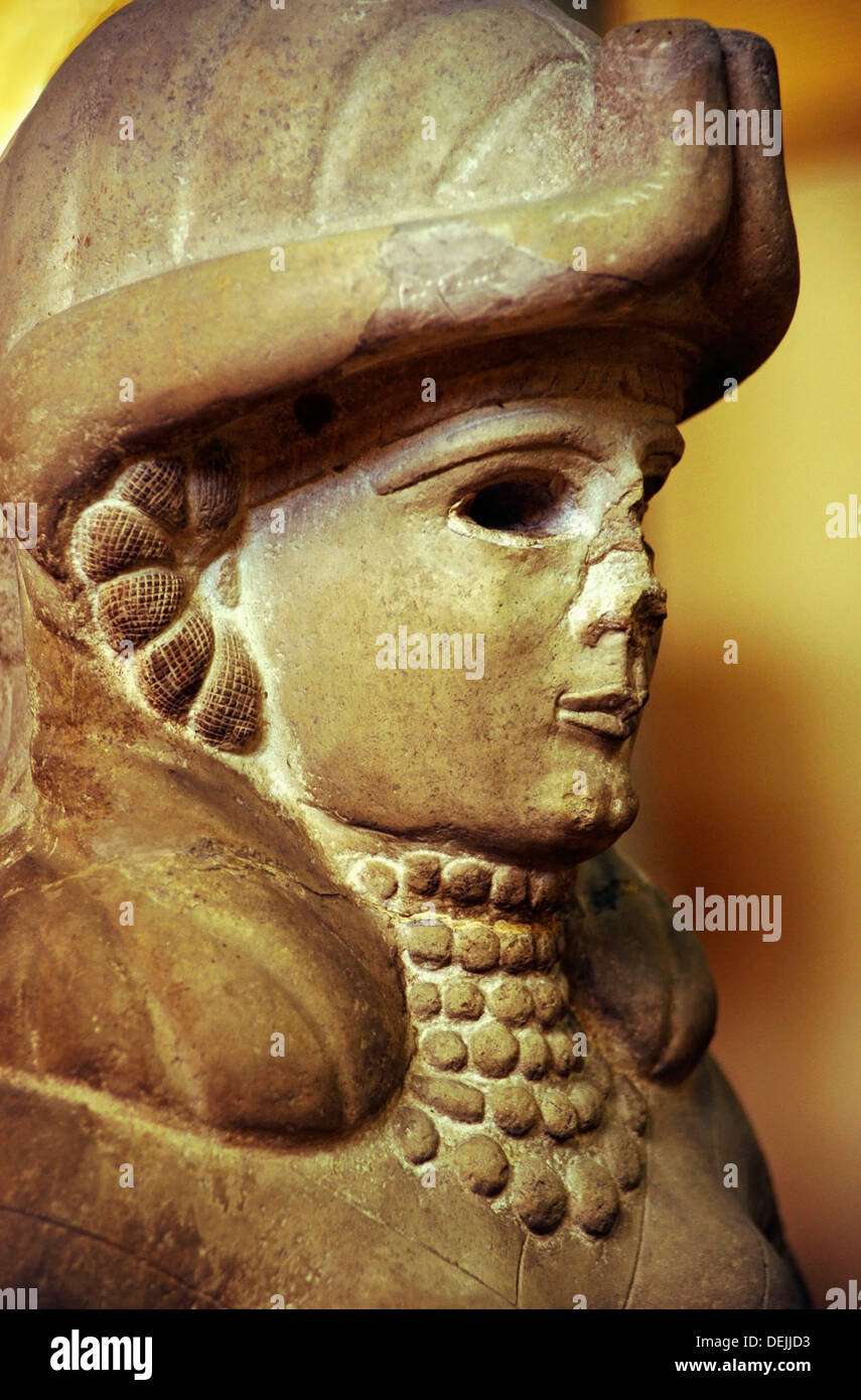 Detail of the statue of the Deese of the Fountain, (Amorite, 18th century BC), Aleppo Museum, Syria - Stock Image