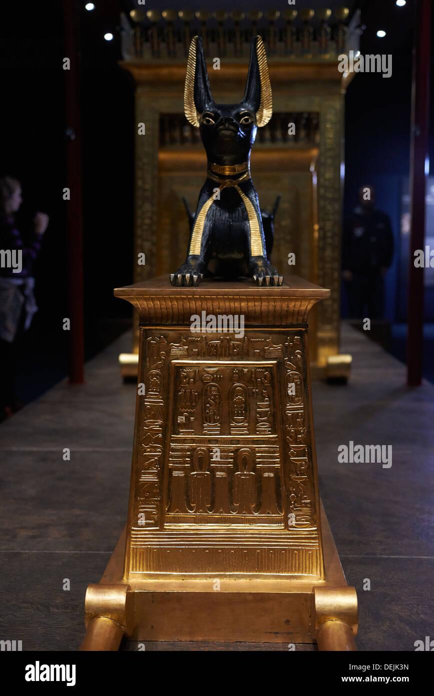 Tutankhamun - King Tut - His Tomb and his Treasures Stock ... |King Tut And His Treasures