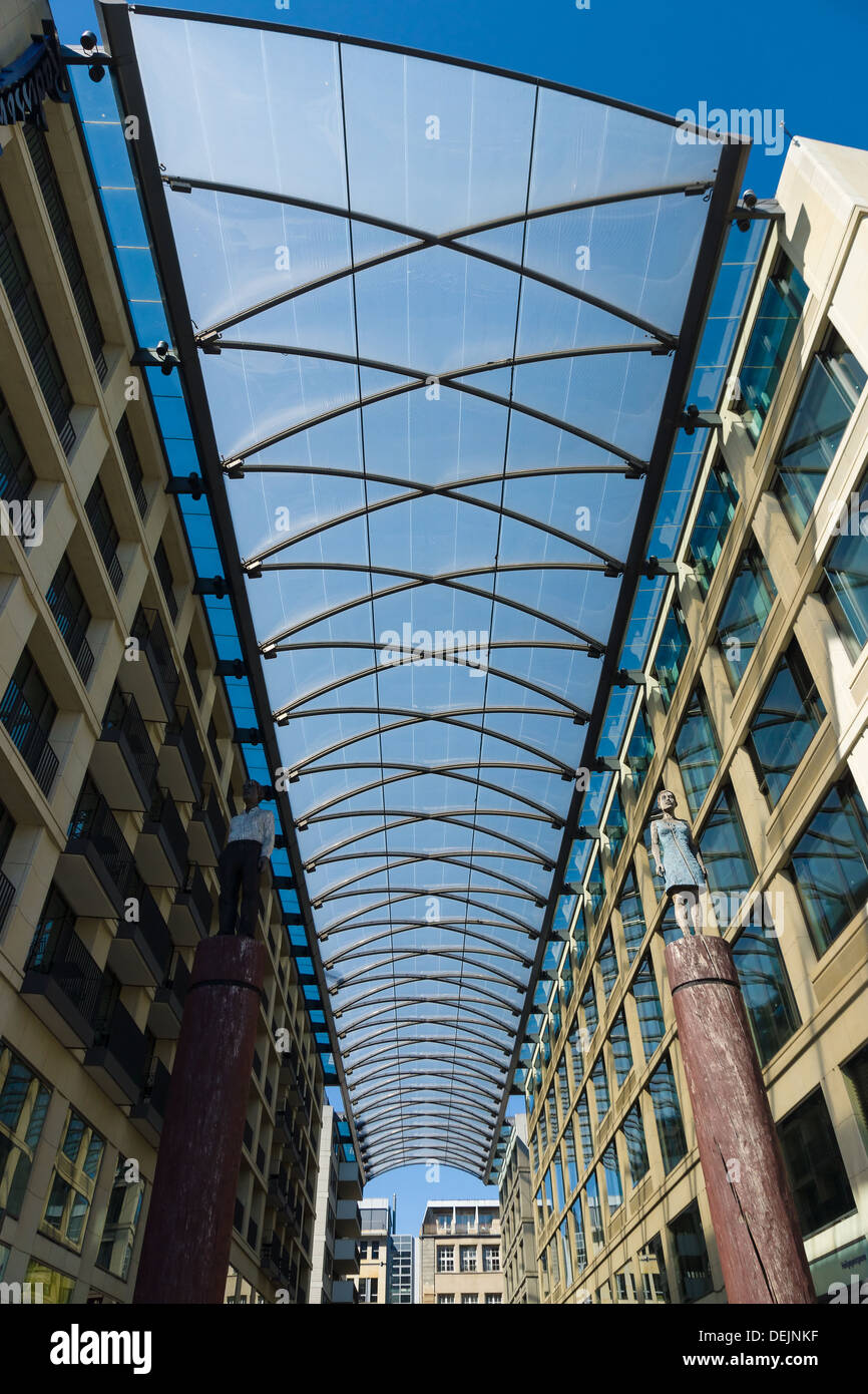 The roof over the retail area Heiligegeistkirchplatz about the hotel Radisson Blu Berlin. - Stock Image