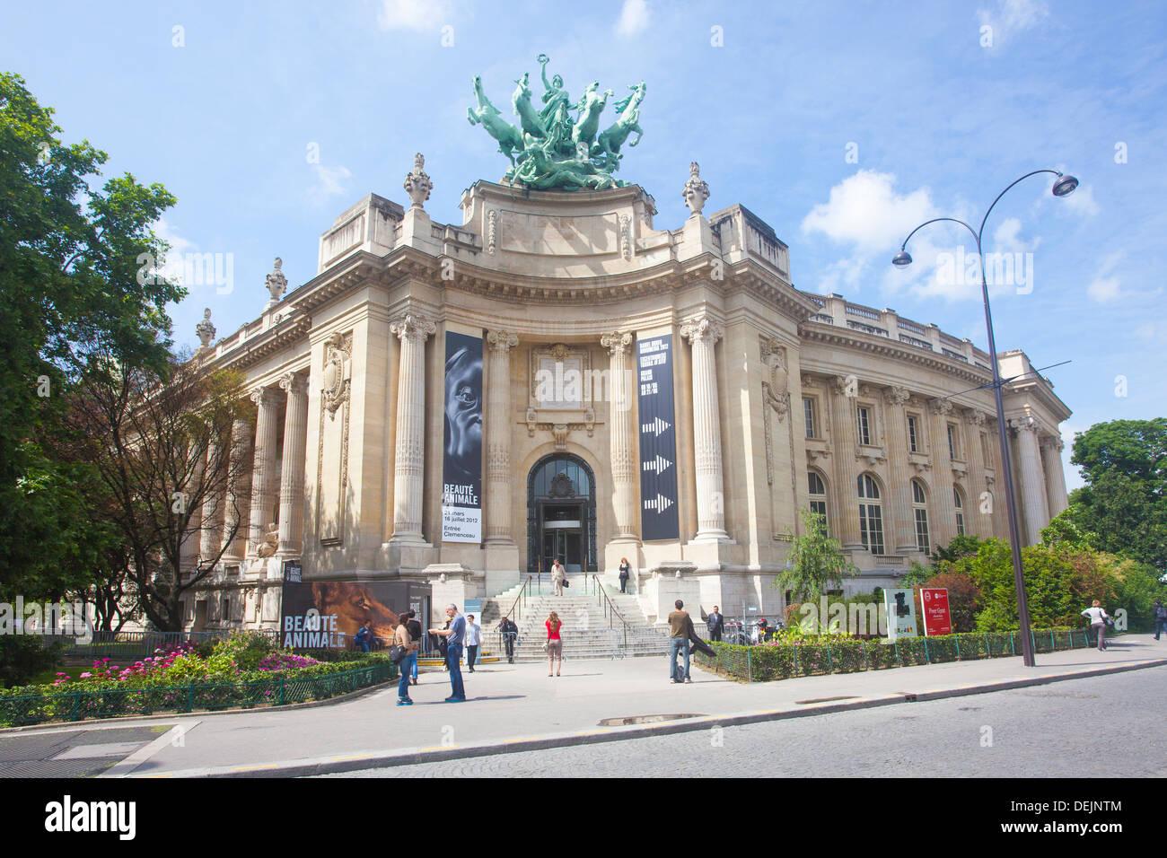 Front Entrance to Le Grand Palais Des Beaux-Arts in The Grand Palais des Champs-Élysées, Paris France Stock Photo