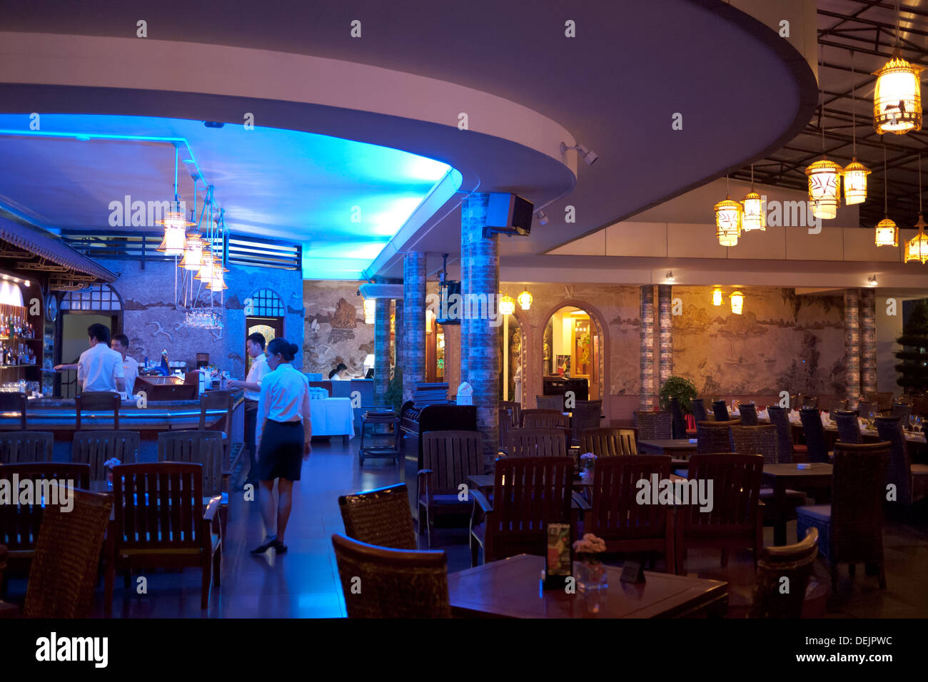 The exquisite rooftop bar of the historic Rex Hotel in Ho Chi Minh City (Saigon), Vietnam. - Stock Image