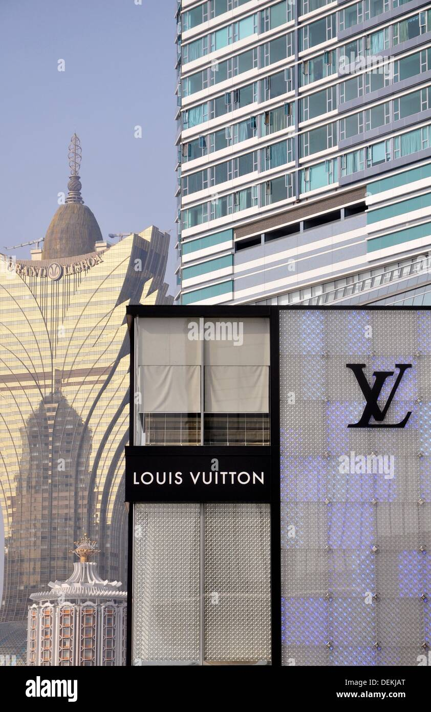 2522f1b1f70 Macau: skyscraper, a Louis Vuitton shop and the casino Grand Lisboa ...