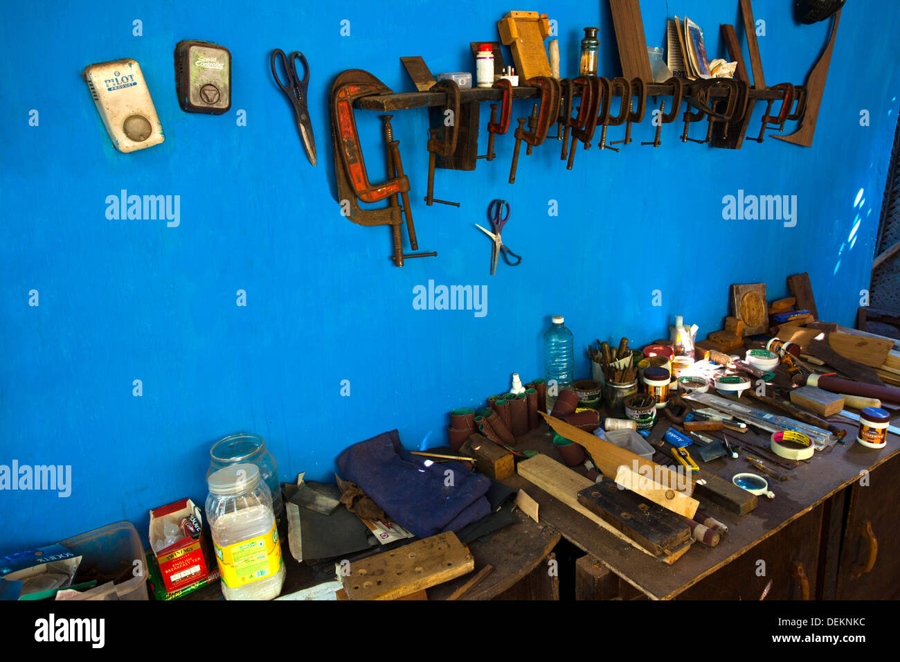 Working tools in a guitar workshop, Jungle Guitars, Baga, North Goa, Goa, India - Stock Image