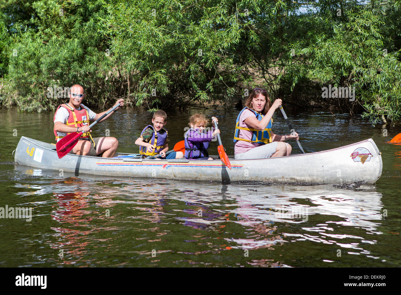 Gloucestershire tourist and travel forest of dean and Wye Valley River and Herefordshire Monmouthshire borders. canoeing family. - Stock Image