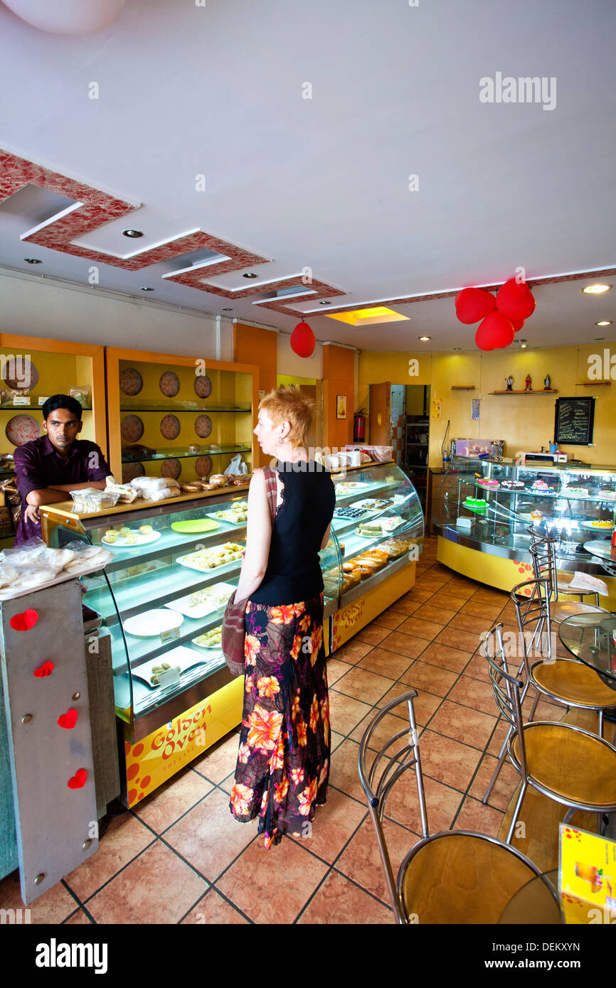 Cake Shop In Grant Road
