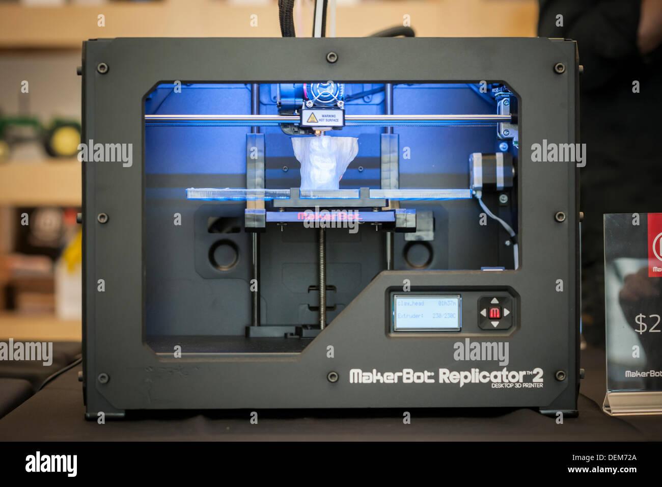 D Printer Exhibition Usa : Makerbot d printer stock photos makerbot d printer stock