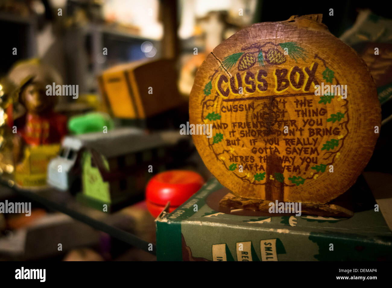 'Cuss Box' advocating swearing and using foul language, found in a Pittsburgh antique shop. - Stock Image