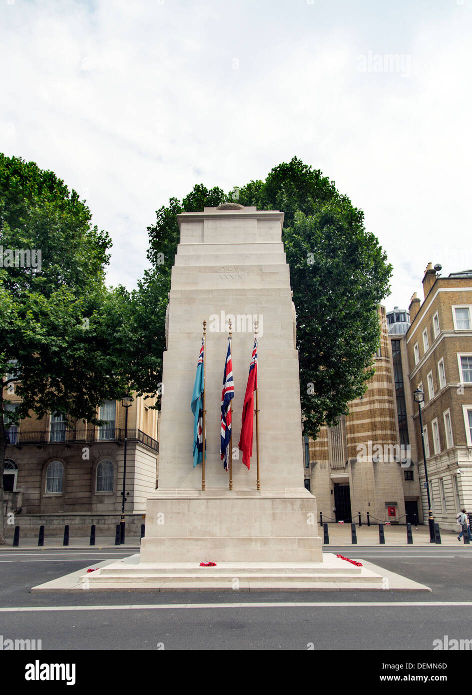 The Cenotaph on Whitehall, London, UK - Stock Image
