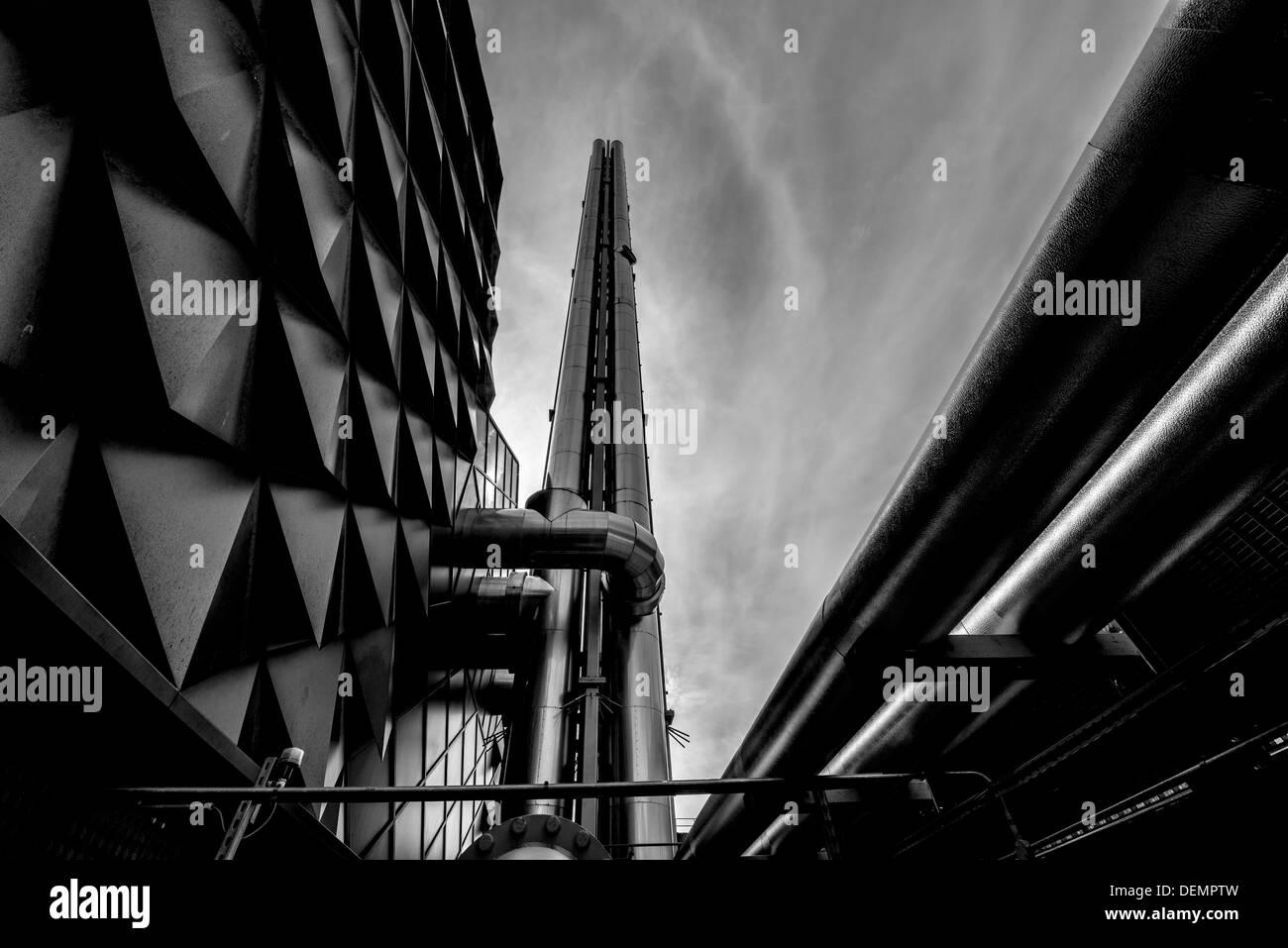 chimney,energy centre,liverpool university,liverpool,england,uk,europe - Stock Image