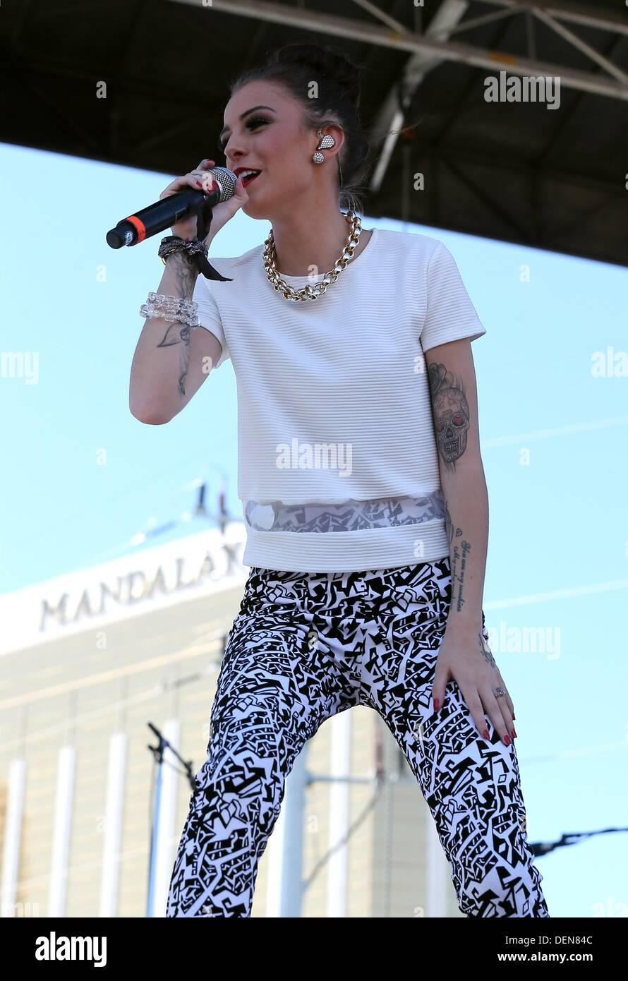 Cher Lloyd Iheartradio Music Festival And Village Sat Concert Stock