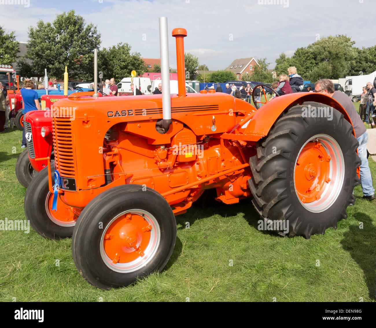 Vintage Case Tractor Stock Photos & Vintage Case Tractor