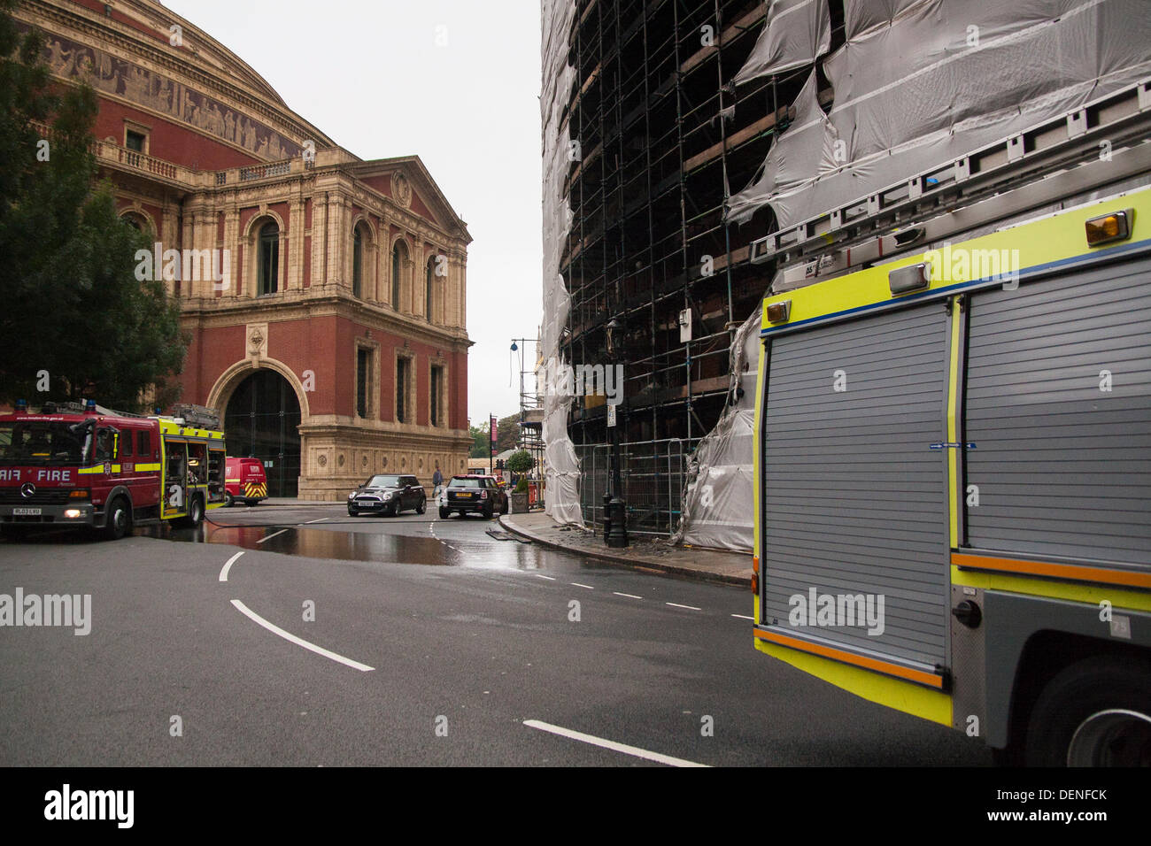 London, UK. 22nd Sep, 2013.  The burnt scaffolding surrounding Albert Mansions after a fire in a ground floor flat, across the road from The Royal Albert Hall. Credit:  Paul Davey/Alamy Live News - Stock Image