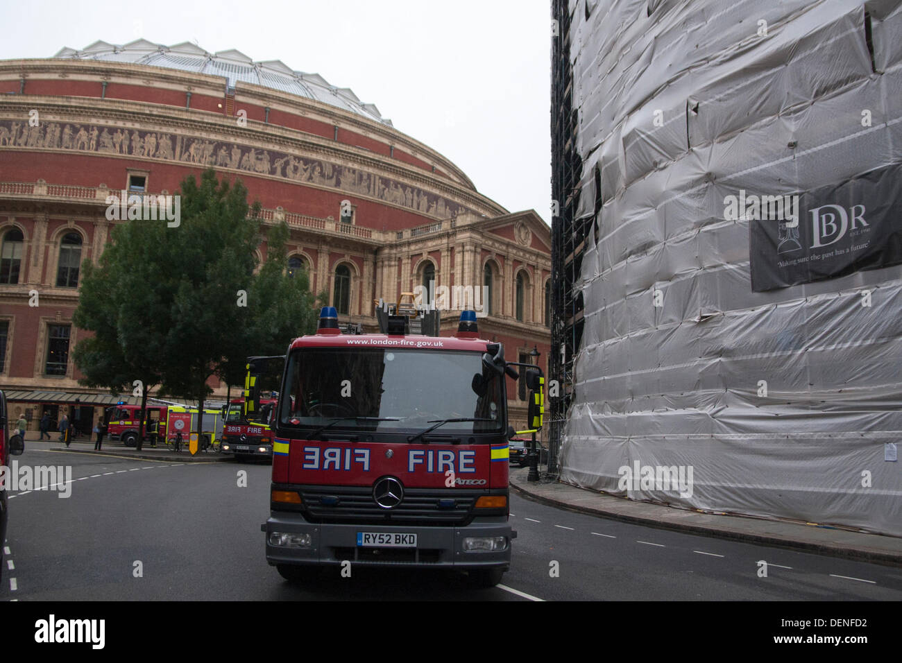 Flat 6 Engine Stock Photos Images Alamy 1986 Porsche Diagram Firefighters Arrived In Under Minutes After