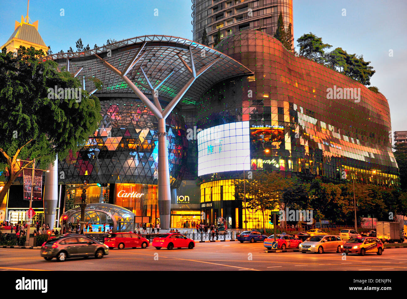 Singapore Orchard Road - ION Orchard - Stock Image